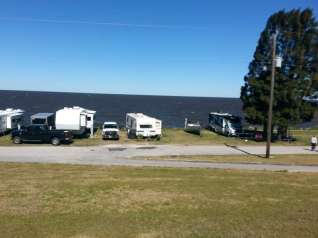 The Pahokee Marina Lake Okeechobee Campground4