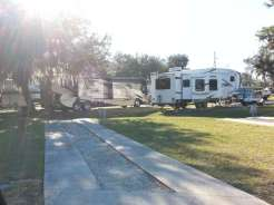 Torrey Oaks RV & Golf Resort in Bowling Green Florida2