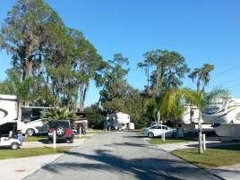 Torrey Oaks RV & Golf Resort in Bowling Green Florida3