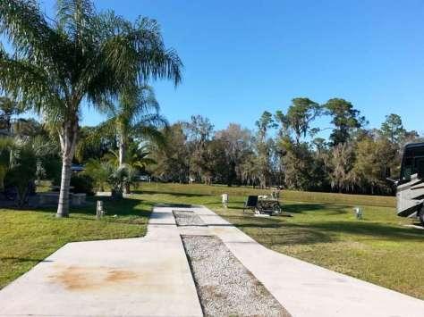Torrey Oaks RV & Golf Resort in Bowling Green Florida4