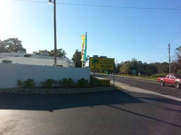 Tropical Gardens RV Park in Bradenton Florida4