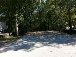 Acorn Acres RV Park & Villas in Branson (Reeds Spring) Missouri backin