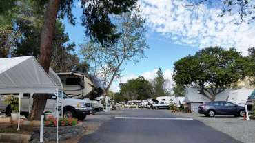 all-seasons-rv-park-escondido-ca-05