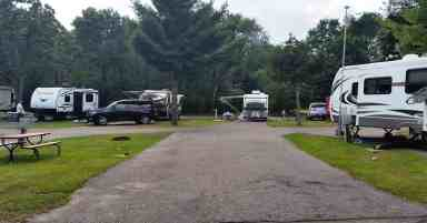 bonanza-campground-rv-park-wisconsin-dells-wi-15