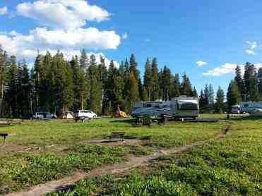 bridge-bay-campground-yellowstone-national-park-rv-tents
