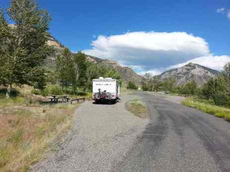 buffalo-bill-state-park-headquarters-campground-pull-thru-2