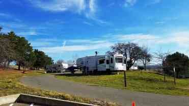 camanche-reservoir-campgrounds-08