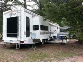 campfire-lodge-resort-RV-park-large-site