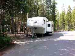 canyon-campground-yellowstone-national-park-07