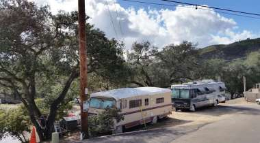 champagne-lakes-rv-resort-escondido-ca-19