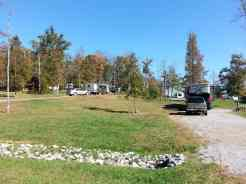 Cove Mountain Resorts RV Park in Sevierville Tennessee Pull ins