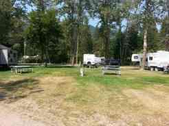 crooked-tree-rv-park-hungry-horse-montana-backin-2