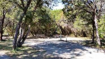 dinosaur-valley-state-park-campground-glen-rose-tx-12