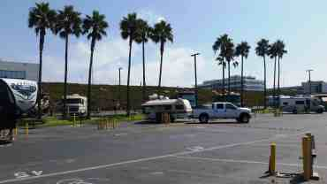 dockweiler-state-beach-rv-park-los-angeles-09
