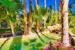 emerald-desert-rv-resort-fountain-2