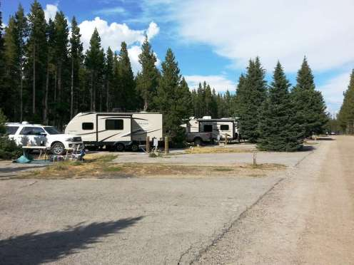 fishing-bridge-rv-park-yellowstone-national-park-11