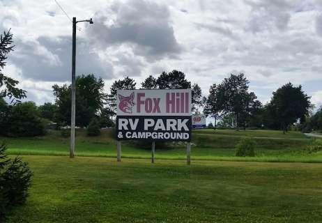 fox-hill-rv-park-campground-baraboo-wi-01