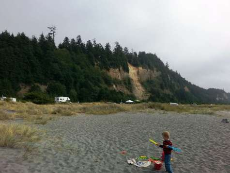 Front Beach Rv Park And Motel