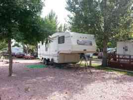 Happy Campers in Chamberlain South Dakota pull thrus