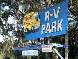 Happy Traveler RV Park in Thonotosassa Florida Sign