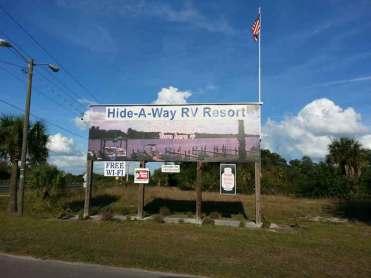 hide-a-way-rv-resort-ruskin-florida-sign