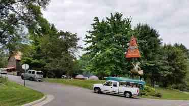 jellystone-camp-resort-wisconsin-dells-wi-01