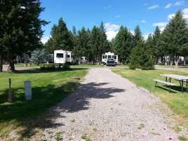 jim-and-marys-rv-park-missoula-mt-large-pull-thru-long2