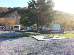 King's Holly Haven RV Park in Pigeon Forge Tennessee backin