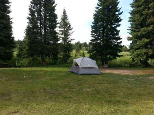 koa-mountainside-west-yellowstone-montana-tent