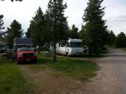 koa-yellowstone-park-west-yellowstone-montana-pullthru-trees