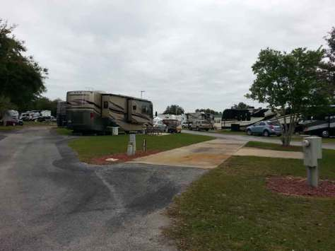 Lake Magic RV Resort in Clermont Florida Pull Thru