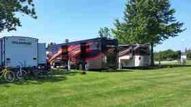 lakeshore-rv-park-campground-st-ignace-mi-18
