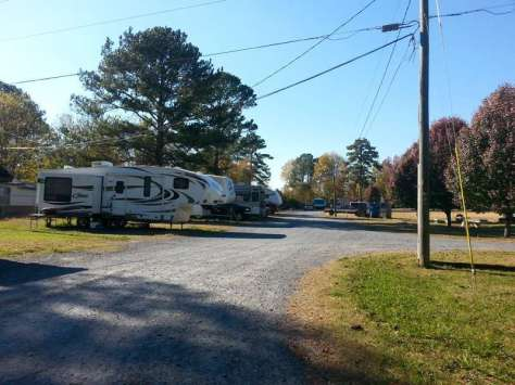 Leisure Time RV Park in Adairsville Georgia Entrance Road
