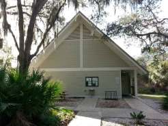 little-manatee-river-state-park-campground-wimauma-florida-bathhouse