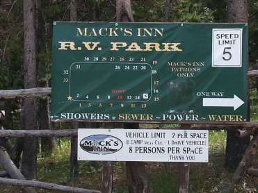 macks-inn-rv-park-island-park-idaho-sign