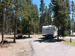 madison-campground-yellowstone-national-park-back-in-rv