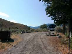 mammoth-campground-yellowstone-national-park-19