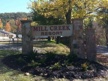 Mill Creek Resort in Pigeon Forge Tennessee Sign