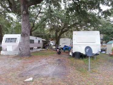 Mill Creek RV Resort in Kissimmee Florida Backin