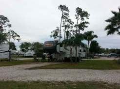 Orlando SE Lake Whippoorwill KOA in Orlando Florida Pull thru