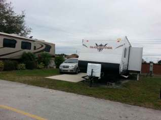 Ponderosa RV Park in Kissimmee Florida Backin