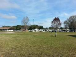 River Palm RV Resort in Thonotosassa Florida RV Sites