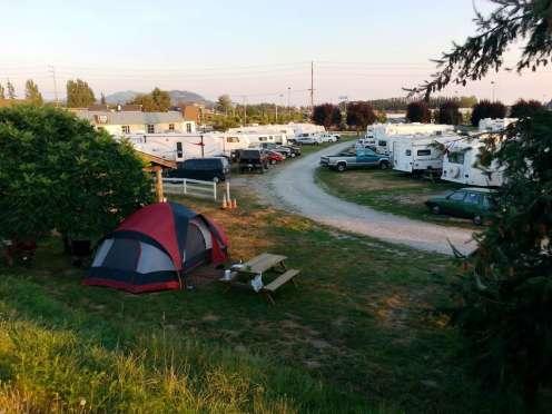 riverbend-rv-park-mount-vernon-wa-07