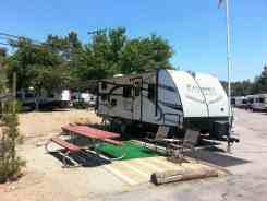 santee-lakes-campground-04