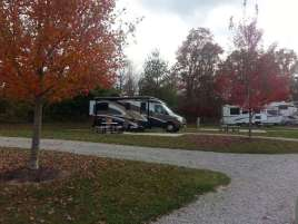 Spring Lake RV Resort in Crossville Tennessee backin off lake