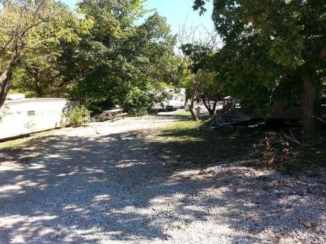 Trails End Resort & RV Park in Branson Missouri Backin