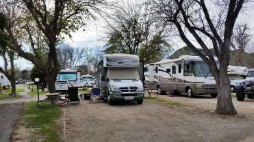 travel-village-rv-park-castaic-ca-02