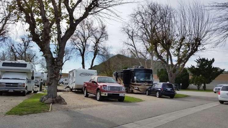 travel-village-rv-park-castaic-ca-12
