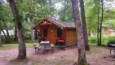 wanna-bee-campground-wisconsin-dells-03