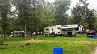wanna-bee-campground-wisconsin-dells-07